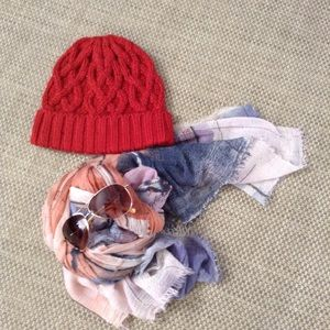 Gap cable knit Pom cap 💕